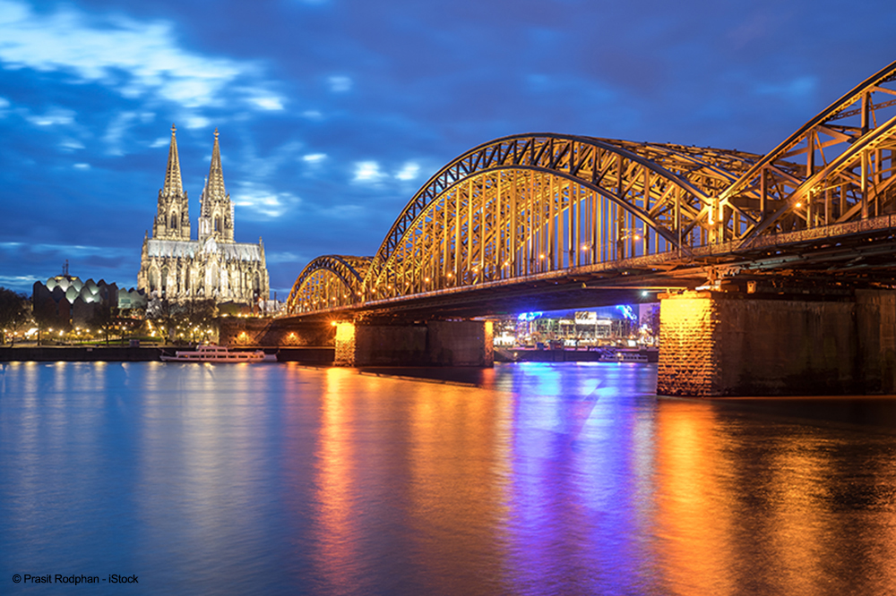Hohenzollernbrücke Schlösser Entfernt