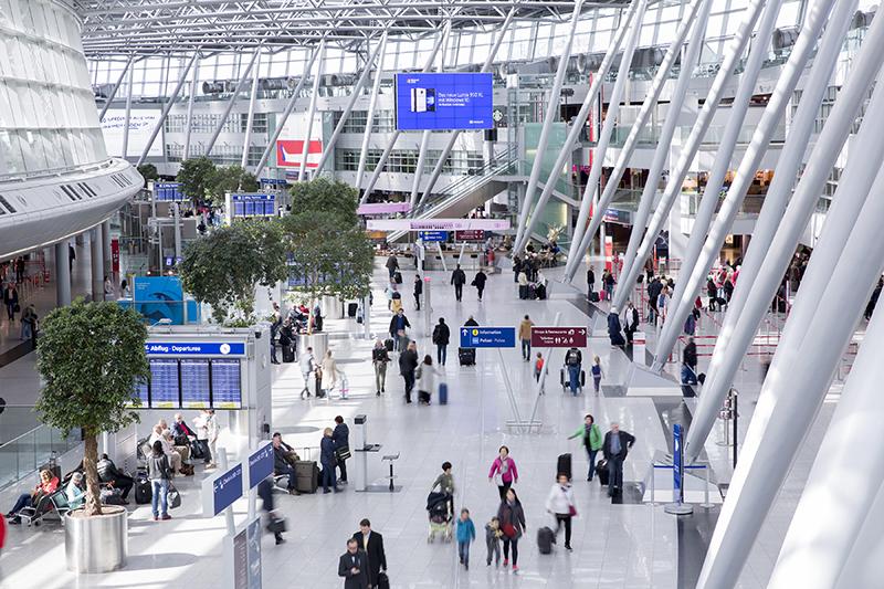 selected.de - Flughafen Düsseldorf: selected.de